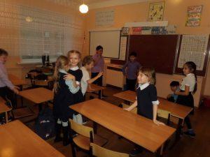 #акция@volonter_tmb  ✨Акция «Новогоднее веселье»  Волонтёры пришли в Избердеевскую