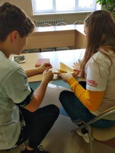 #акция@volonter_tmb  ✨Акция «Книжный доктор»✨  Волонтёры посетили школьную библиотеку