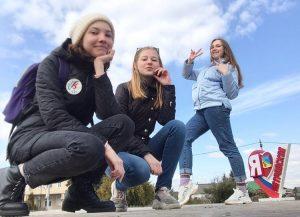 #Акция@volonter_tmb  Акция «ЭкоБум»  У фонтана часто собираются компании подростков,